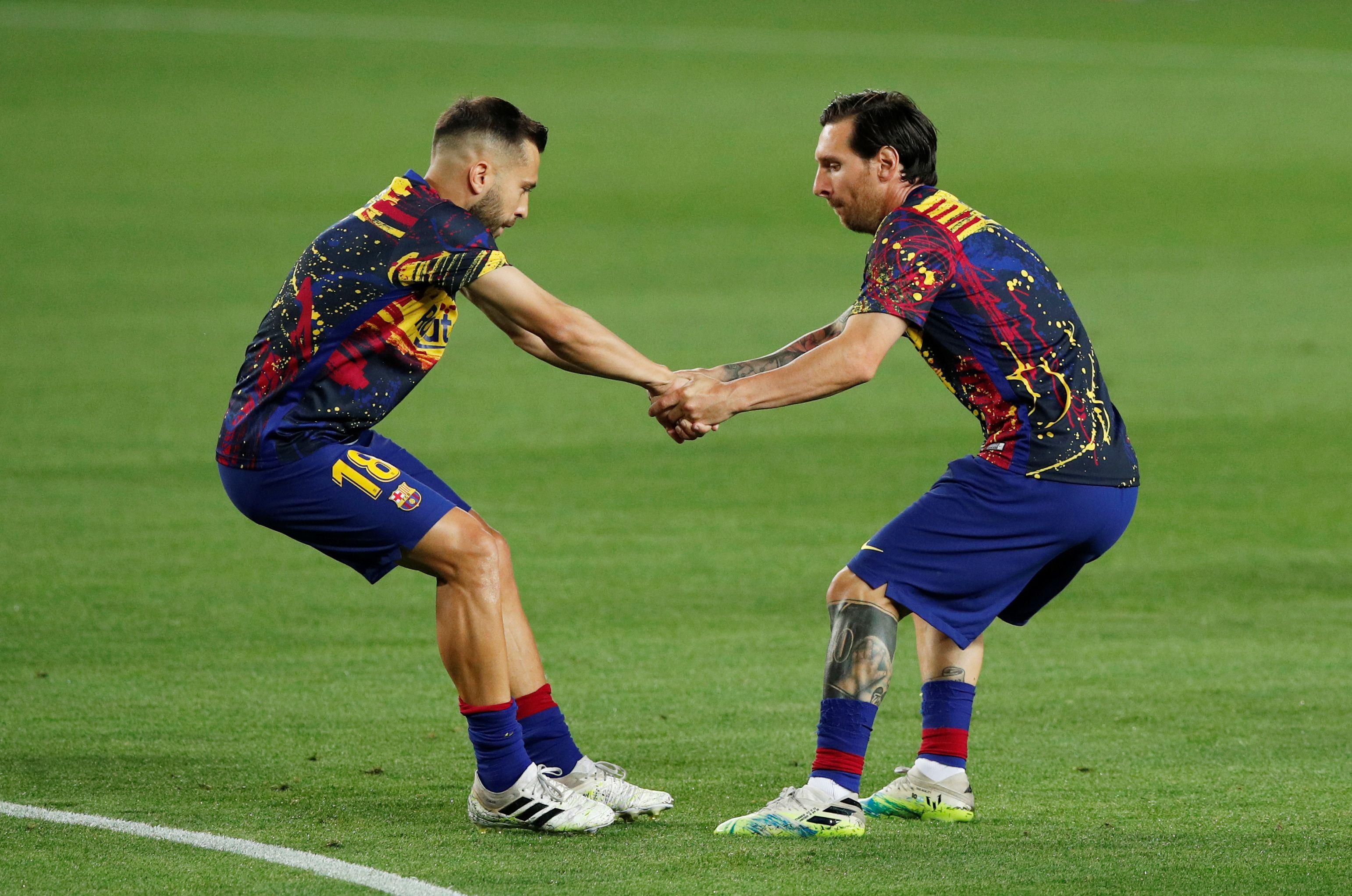 El capitán y el defensor del Barcelona mostraron muchas veces su buena sintonía en ataque (Reuters)