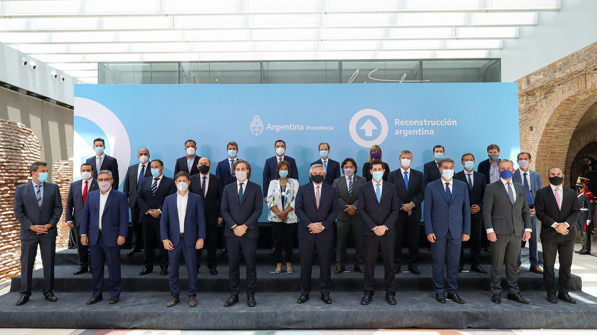 Alberto Fernández con Gobernadores