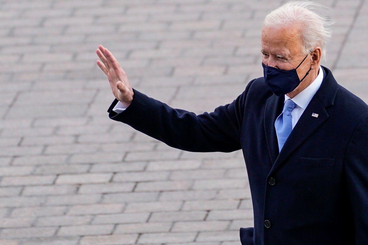 Vista del presidente de EE.UU., Joe Biden, al salir de su ceremonia de investidura, este 20 de enero de 2021, en Washington. EFE/Melina Mara