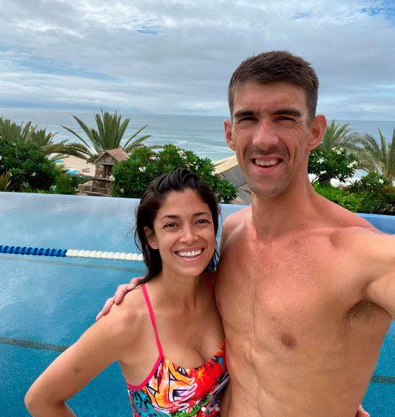Michael Phelps con su esposa