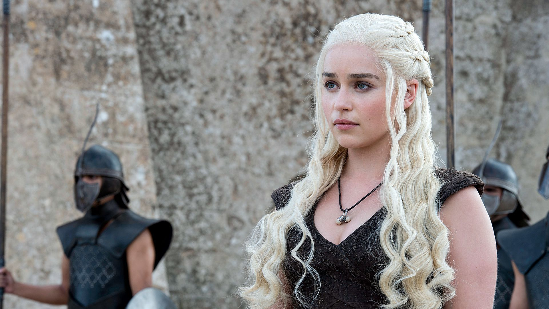 Daenerys Targaryen encarnada por Emilia Clarke (Game of Thrones)