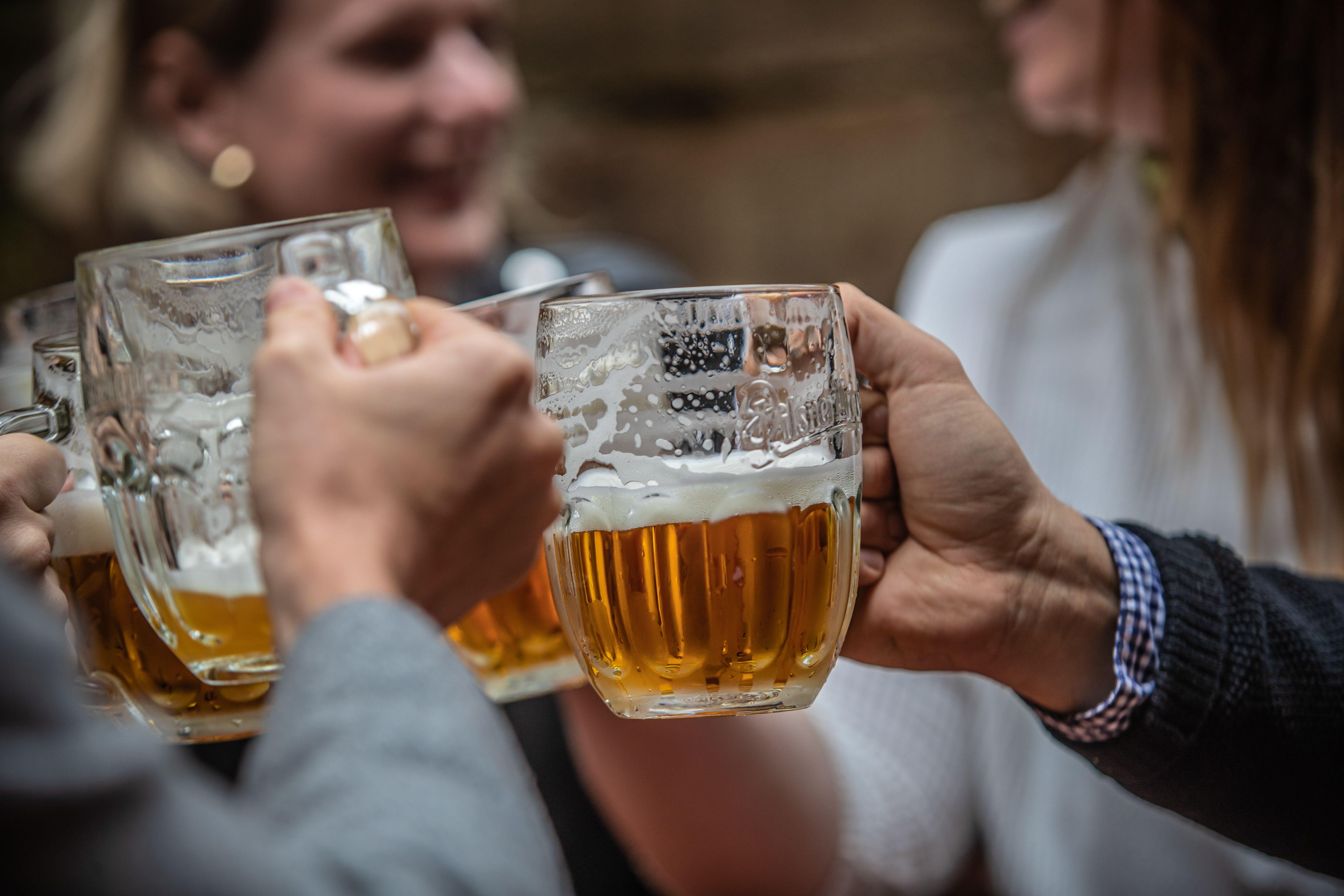 La ley de tránsito nacional indica que el límite de alcohol en sangre para conducir es de 0.50 gramos por litro de sangre; 0,2 gramos por litro de sangre para motociclistas y ciclomotoristas, y 0 gramos para conductores profesionales (EFE)