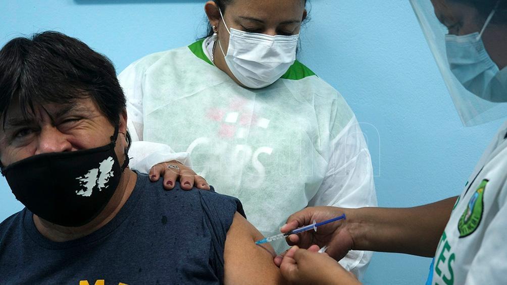 """La Iniciativa Global contra el Asma (GINA, por su sigla en inglés) recordó que """"las reacciones alérgicas a las vacunas son raras""""."""