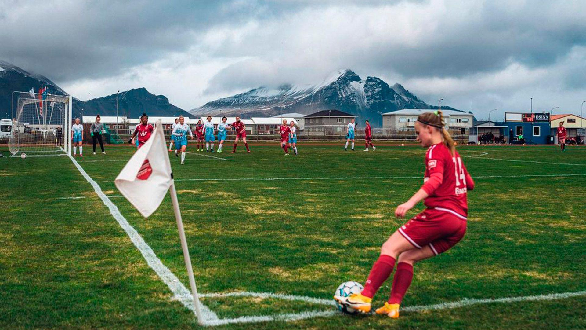 Fútbol femenino Islandia
