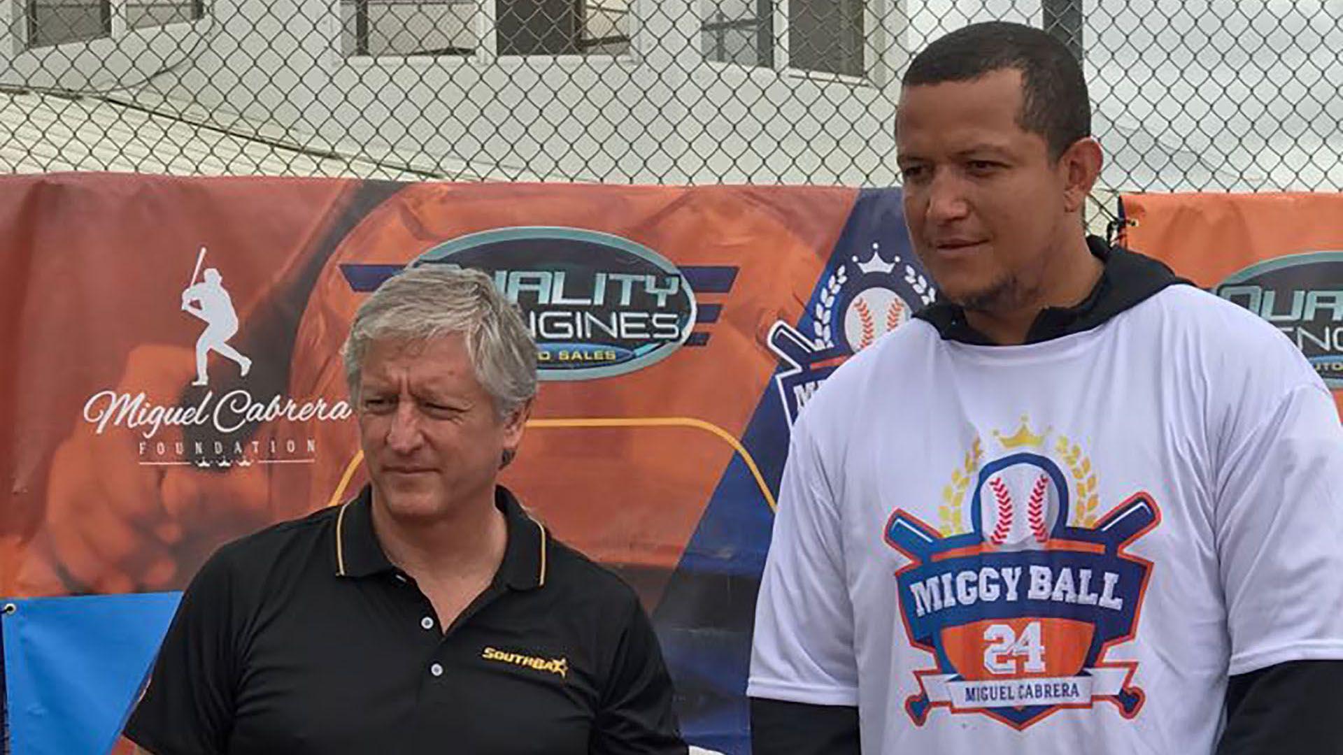 Southbat Luis Cabrera Béisbol MLB Guayaibí Bates Córdoba Softball