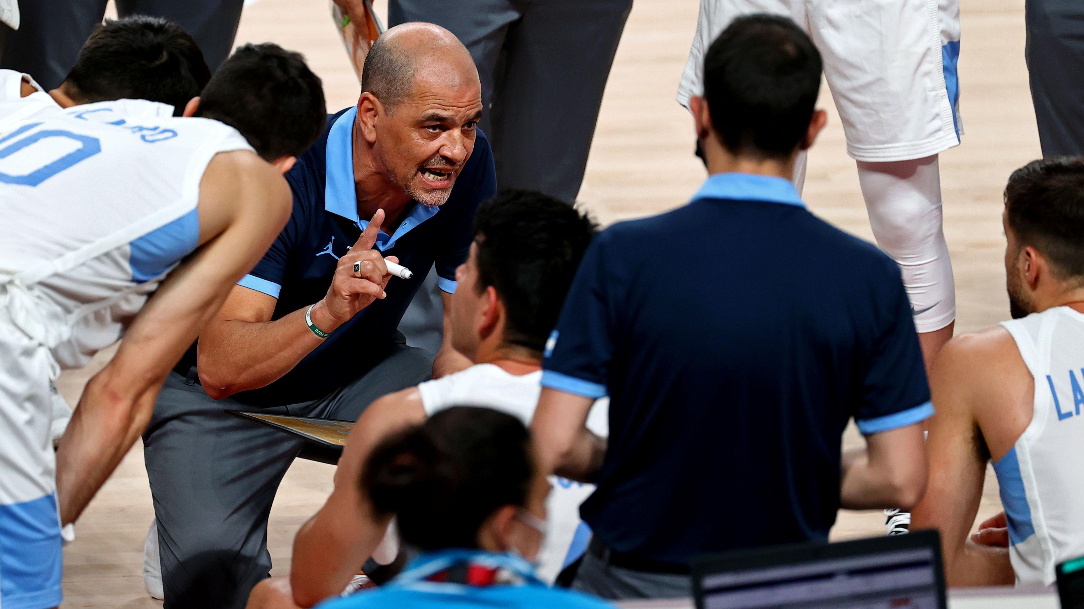 """Oveja Hernández calificó como """"equipazo"""" a Australia, el próximo rival de Argentina en los cuartos de final de los Juegos Olímpicos de Tokio 2020 (REUTERS/Sergio Perez)"""