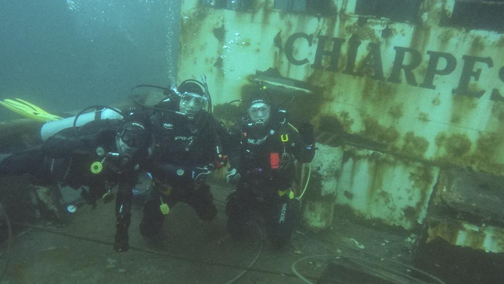 La idea es hundir con honores al menos cuatro de los buques que la Armada tiene fuera de servicio y que participaron del conflicto bélico. (Foto Ente oficial Patagonia Turismo)