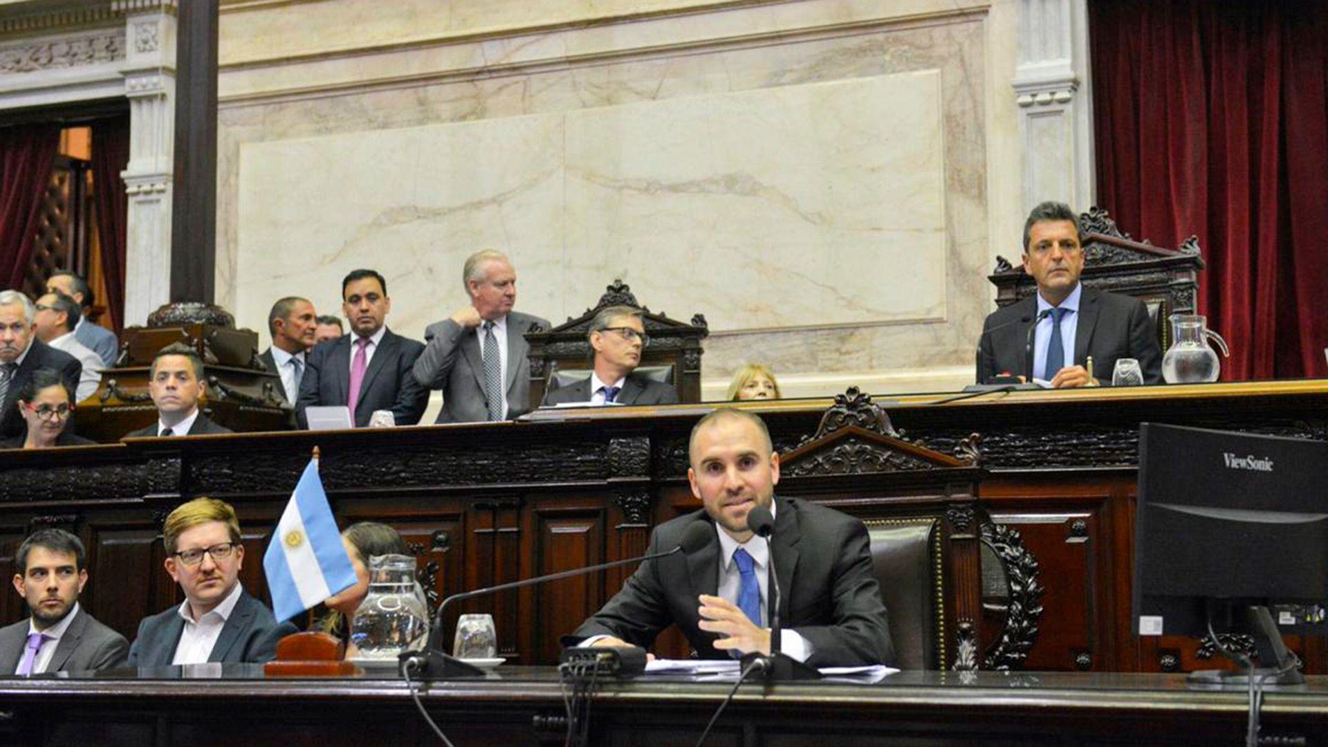 Martín Guzmán en el Congreso