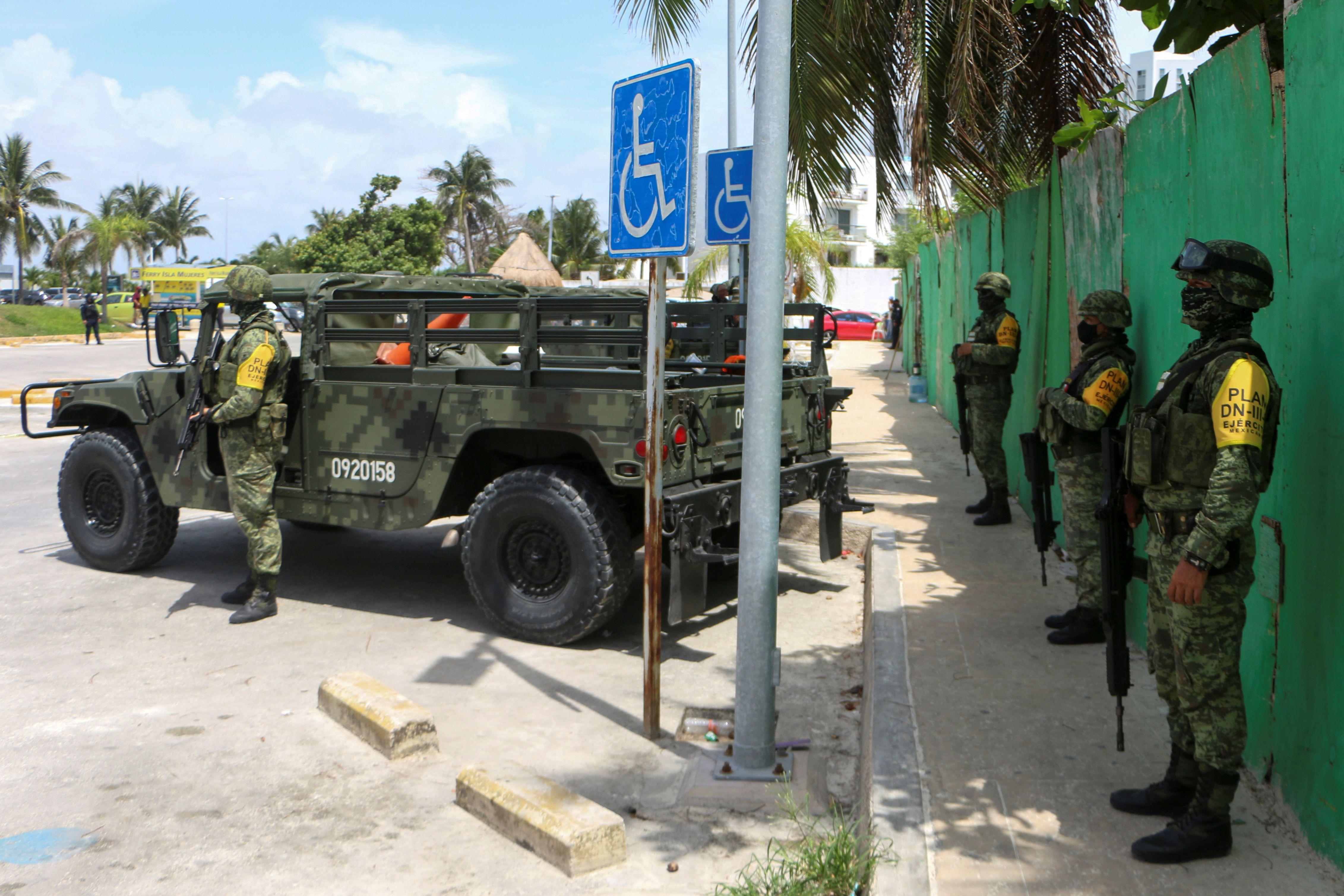 Un guardia de seguridad fue asesinado en Cancún (Foto: REUTERS/Paola Chiamonte)