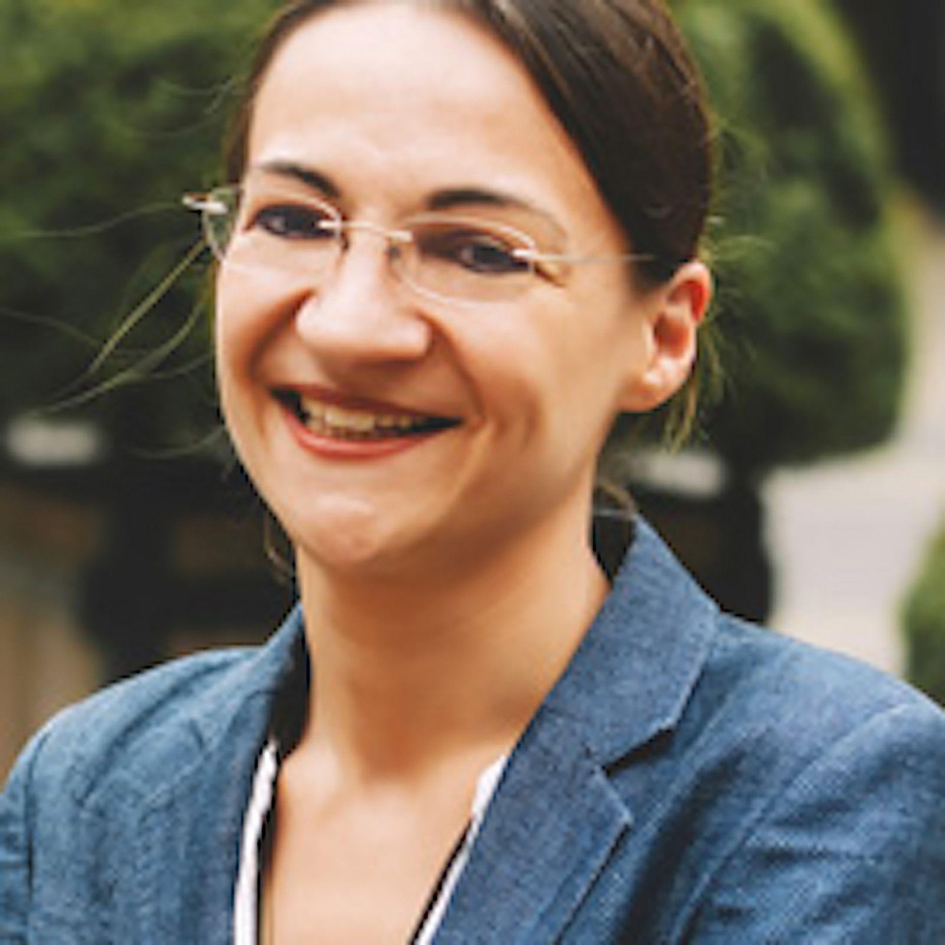 Moira Mikolajczak
