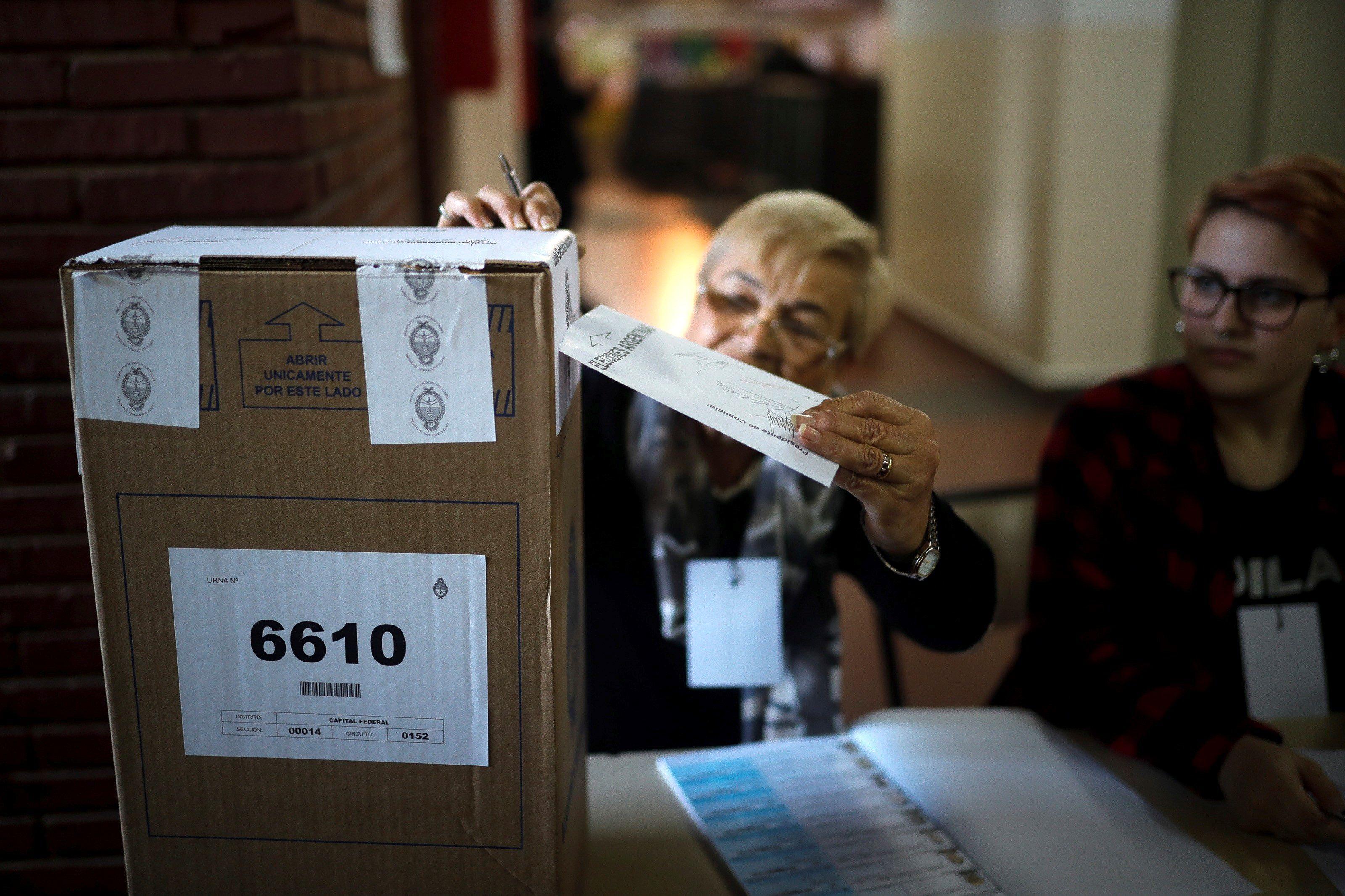 En CABA, las comunidades más numerosas en el padrón electoral de este año son son las boliviana, paraguaya, peruana y venezolana (EFE)