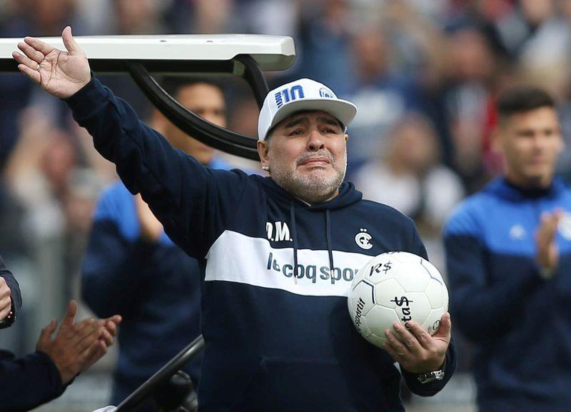La llegada de Diego Maradona a Gimnasia y Esgrima generó una revolución (REUTERS/Agustín Marcarian)