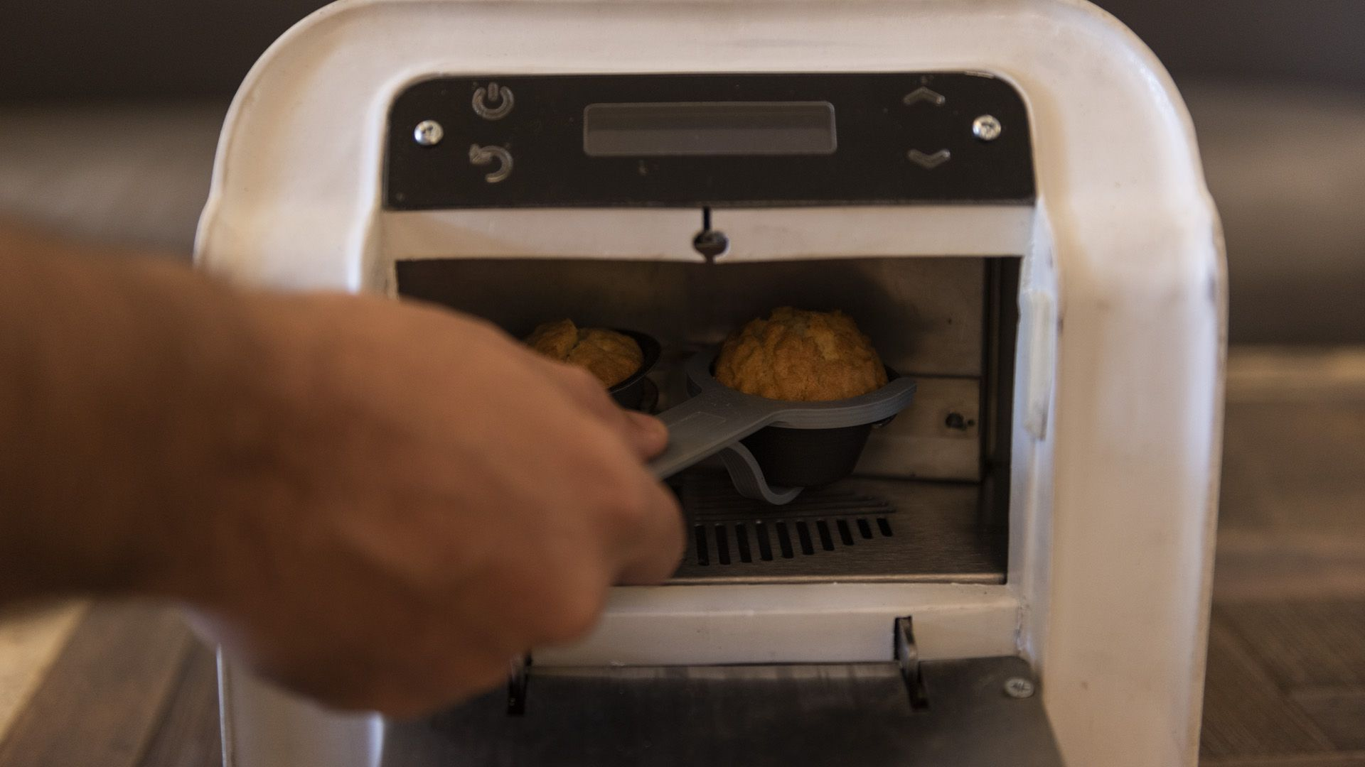 Las máquinas hogareñas para pastelería, pensadas en la Argentina y fabricadas en China, finalmente serán vendidas en España (Adrián Escandar)