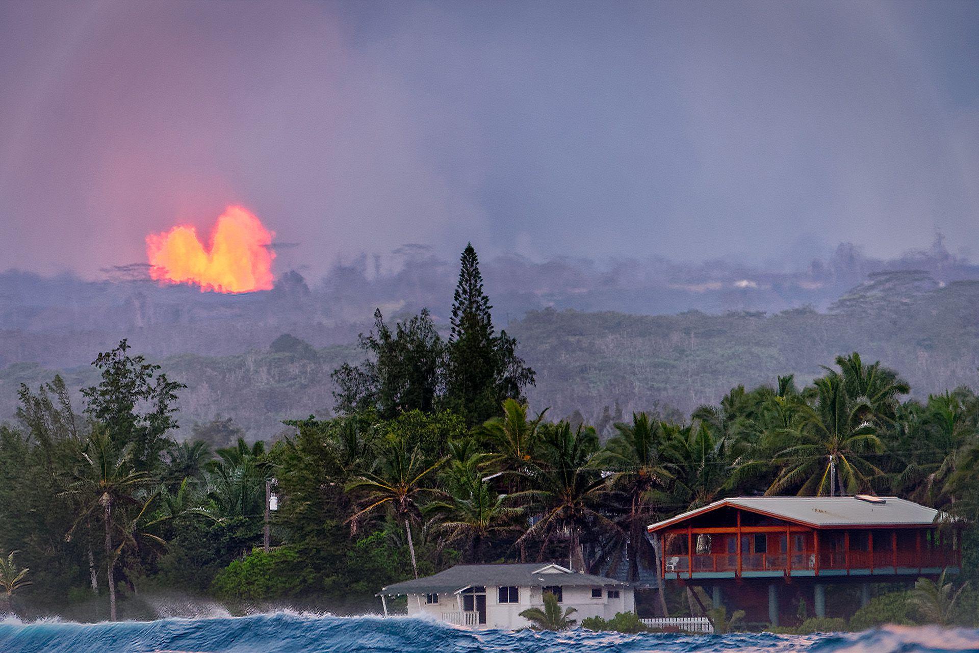 USA, Hawaii, Volcanoes National Park, Kilauea erupting, Island Of Hawaii, USA 2