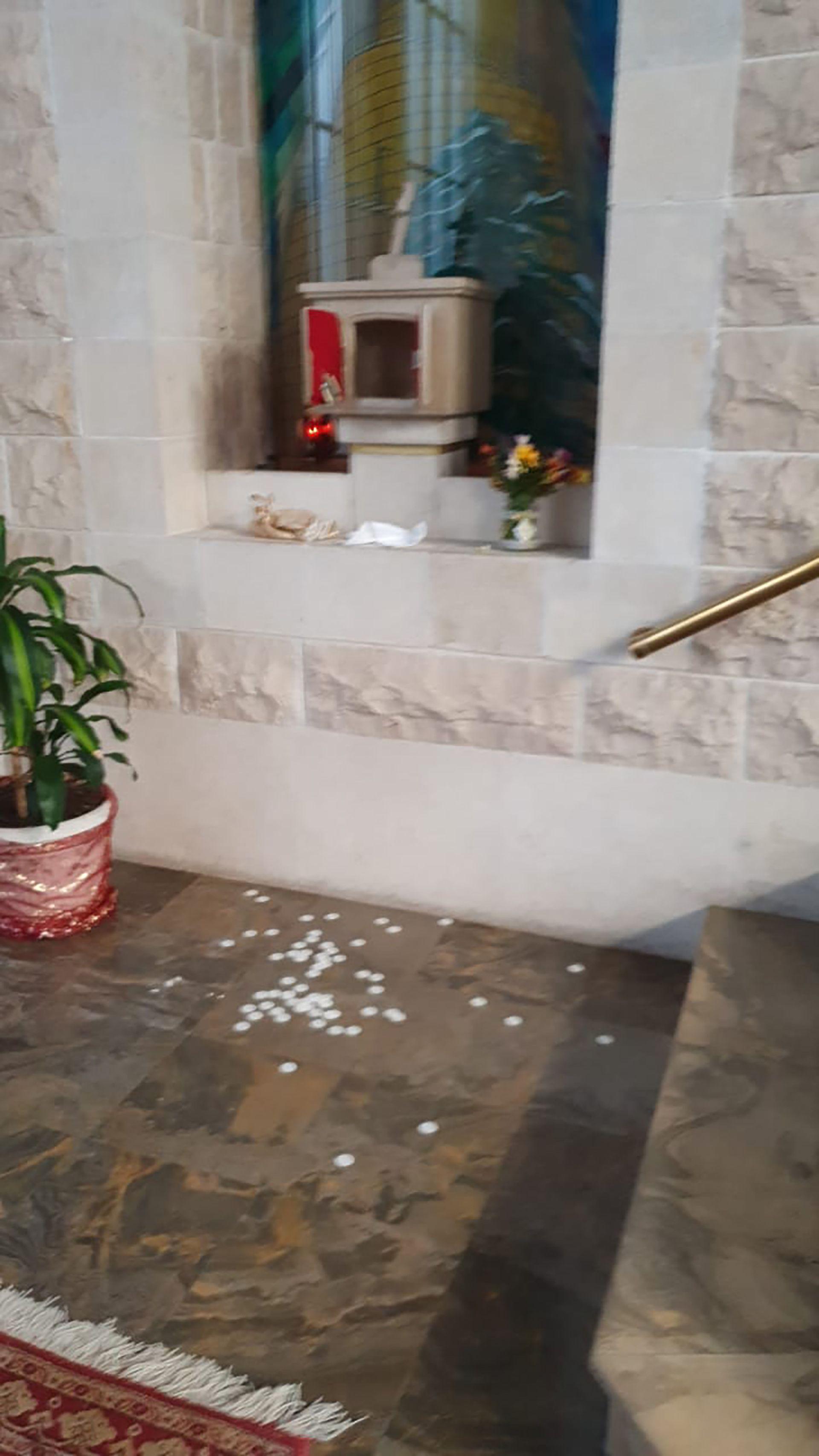 robo iglesia San Marón retiro