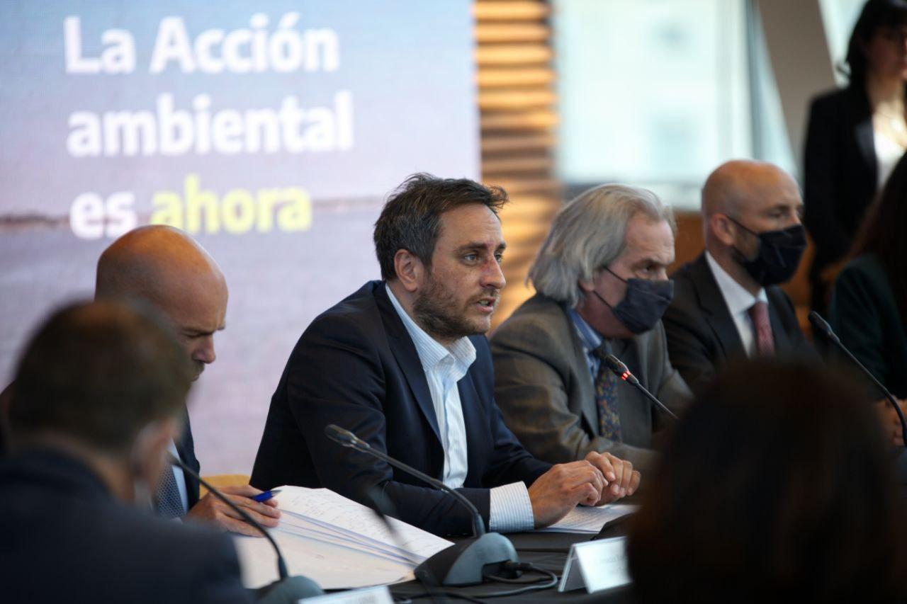 Cabandié ratificó el compromiso de Argentina con el Cambio Climático ante embajadores de la UE